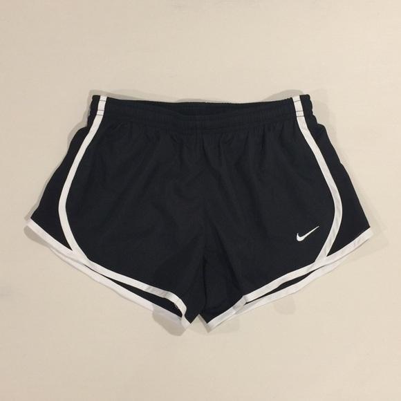 dbd890b2 Girls NIKE Dri-Fit Tempo Shorts- Small